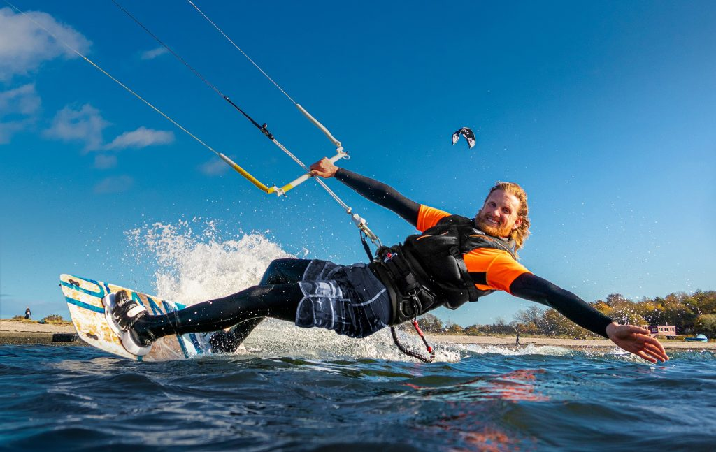Kite surfer enjoying SECUMAR's Impact vest, the FURIO