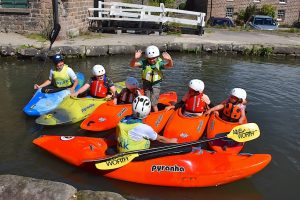 Over the August Bank Holiday weekend ( 28-30th ) local charity Paddle Peak are giving Derbyshire youngsters the opportunity to try kayaking on the Cromford Canal, free of charge as part of Cromford Mills Adventure Weekend.