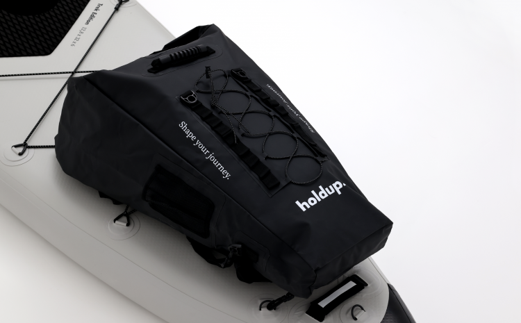 New @ The Paddle Sports Show 2021 – HOLD UP PADDLE, Hold Up Waterproof Bag